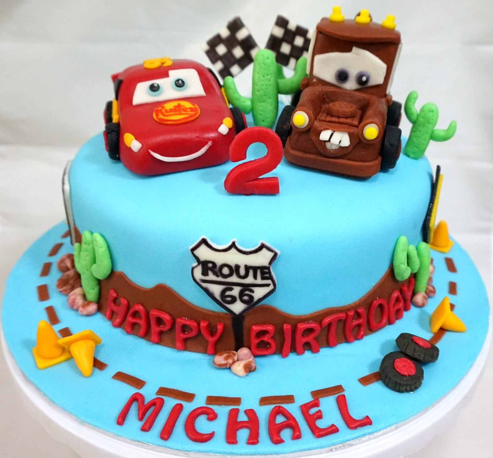 Car form for to decorate birthday cake